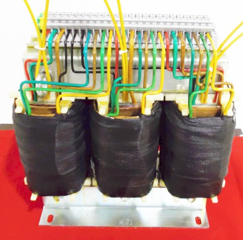 Three-phase transformer for 18 pulse rectification