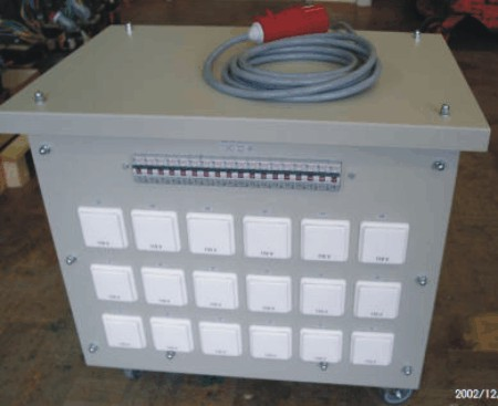 Three-phase splitter